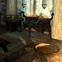 Enchanting table in Breezehome画像