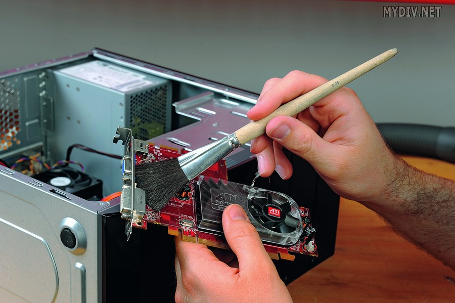 Сколько раз нужно чистить компьютер от пыли