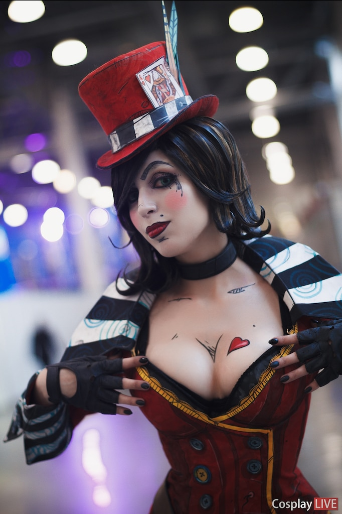 Mad moxxi cosplay