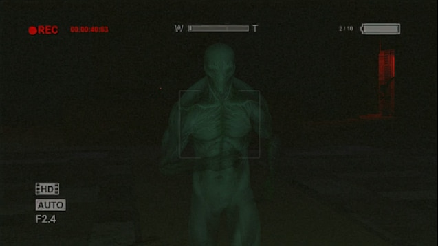 outlast 2 weapons