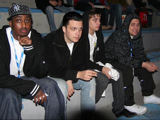 На фото игроки команды NIP состава 2005 года.