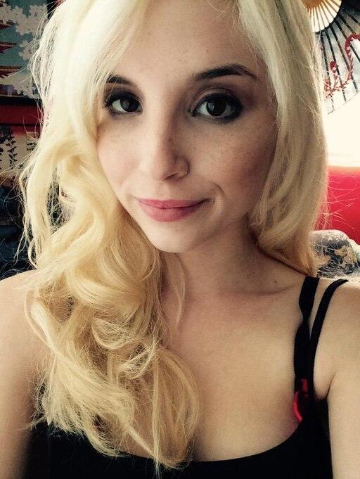 blonde-petite-slutload